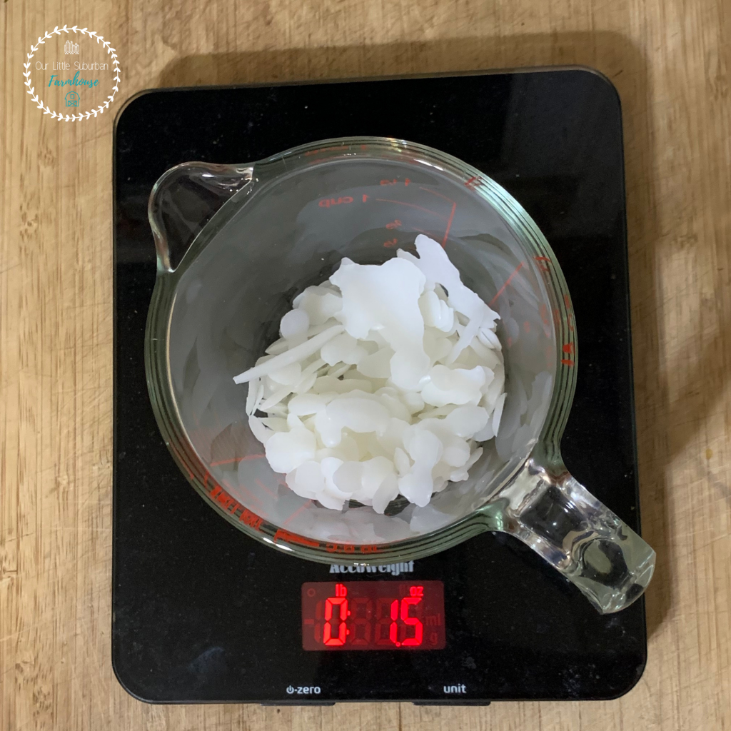 Beeswax food wraps using a digital scale
